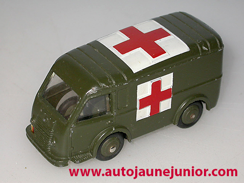 Dinky Toys France Ambulance militaire