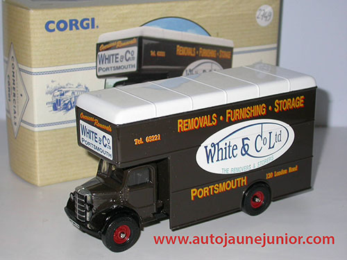 Corgi Toys Pantechnicon White & Co