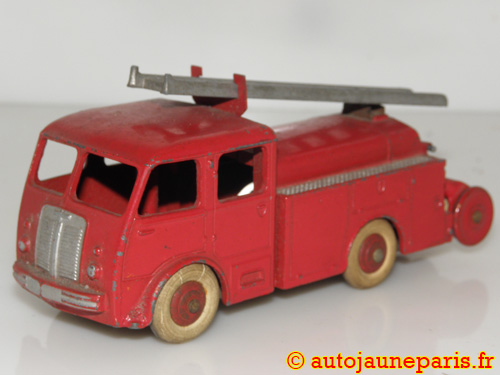 Dinky Toys France 1er secours