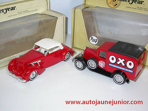 Matchbox Cord 812 et Ford A OXO