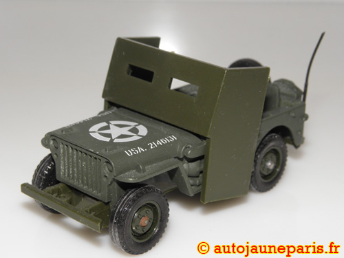 Willys Jeep avec blindage