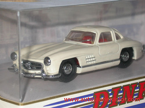 Dinky Matchbox Benz 300SL Gullwing 1955