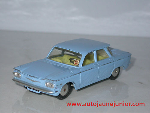Corgi Toys Corvair berline
