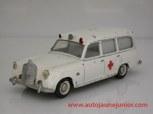 Tekno 220 ambulance