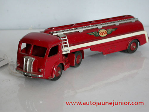 Dinky Toys France Movic citerne Esso