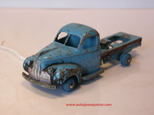 Dinky Toys France chassis type 1