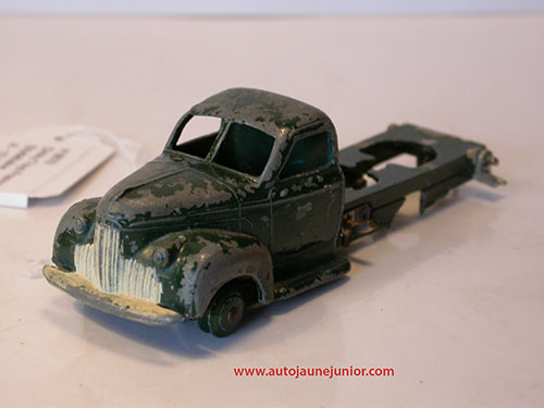 Dinky Toys France chassis nu type 3