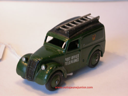 Dinky Toys GB camionnette
