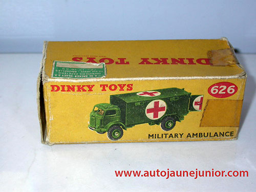 Dinky Toys GB ambulance militaire