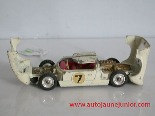Dinky Toys GB GT40
